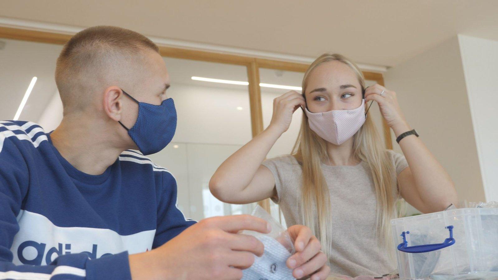 Londone lietuviai milijoninę apyvartą pasiekė pardavinėdami veido kaukes