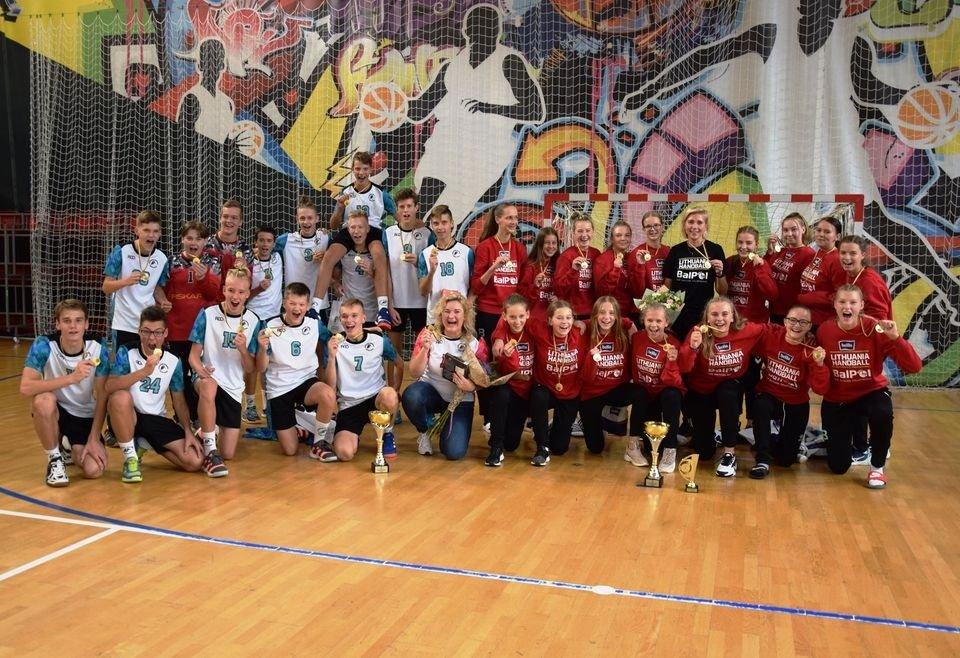 Jaunųjų Kauno rajono rankininkų triumfas
