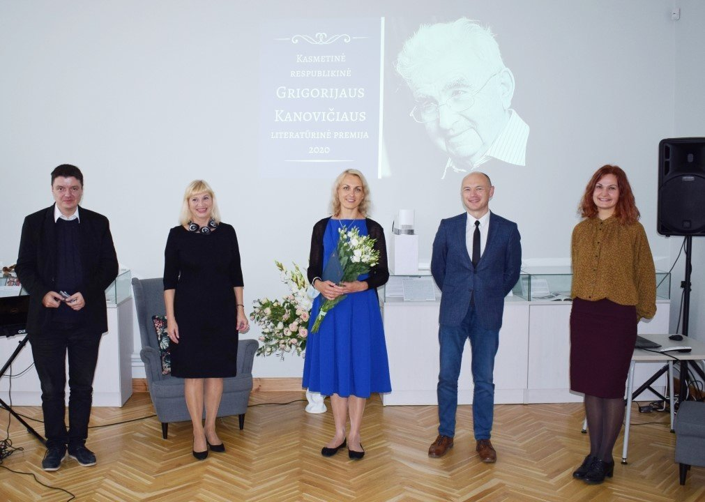 Įteikta kasmetinė G. Kanovičiaus literatūrinė premija