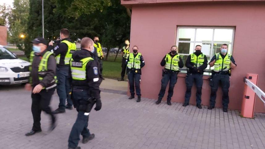 """Marijampolėje perimtas """"Lietuvos cukraus"""" fabrikas, operacija priminė kovinį filmą"""