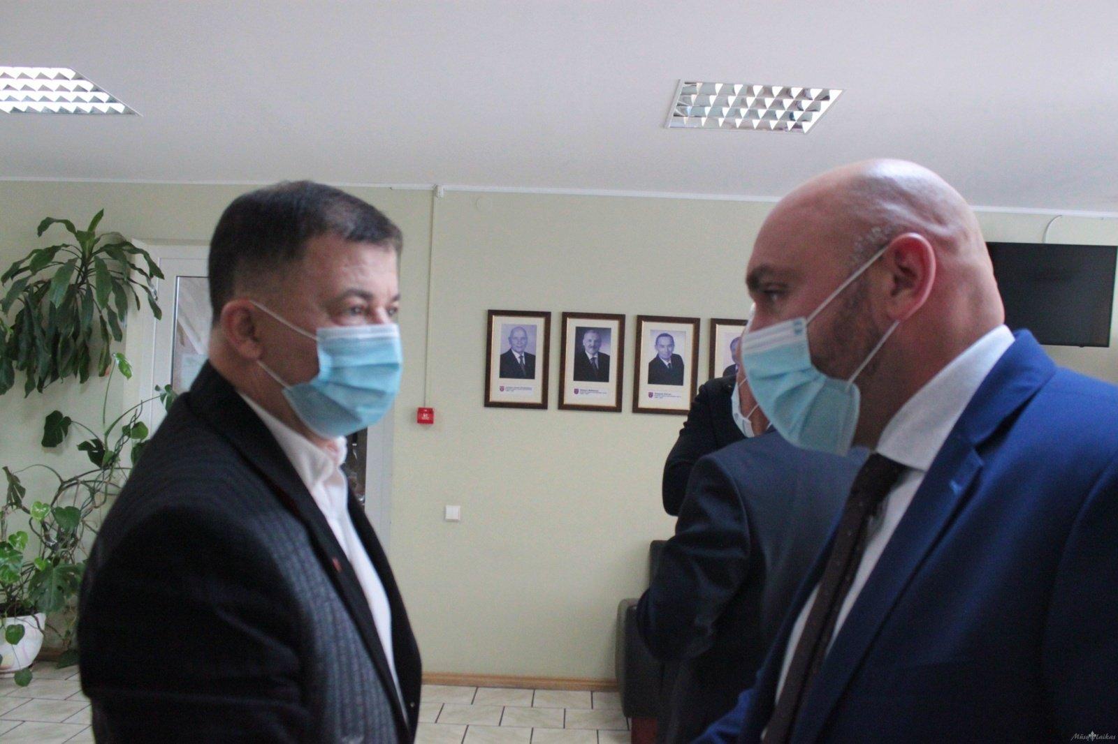Vicemeras atleistas su trenksmu – rėžė rimtus kaltinimus interpeliacijos iniciatoriams