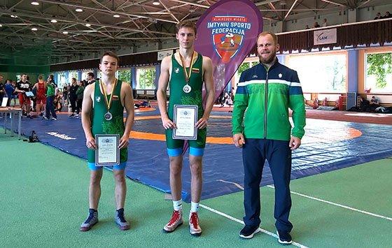 Dvi antrosios vietos – Lietuvos jaunių laisvųjų imtynių čempionate