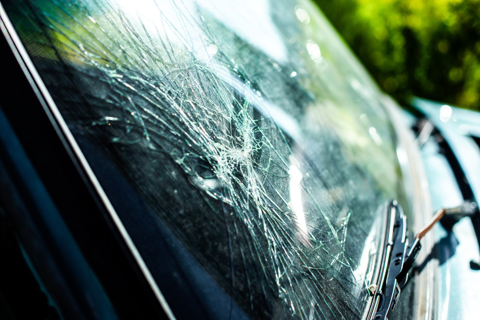 Pėsčiąjį partrenkė ir sužeidė BMW automobilio vairuotojas