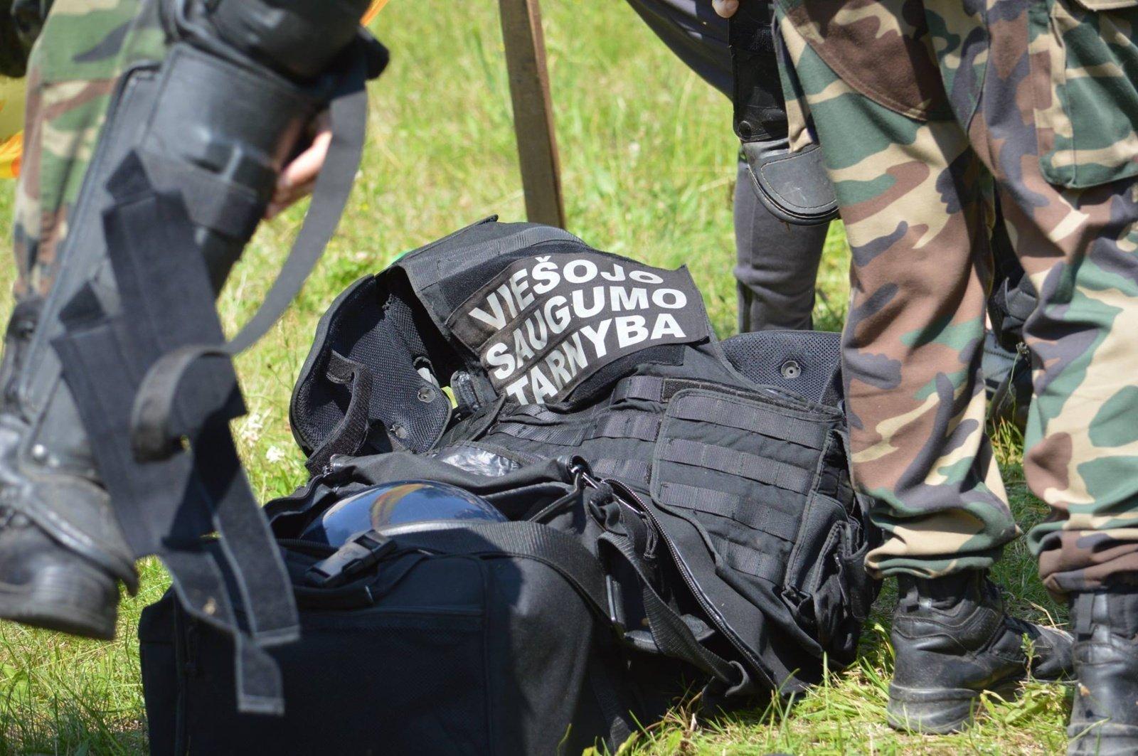 Viešojo saugumo tarnyba džemperiams numatė 150 tūkst. eurų