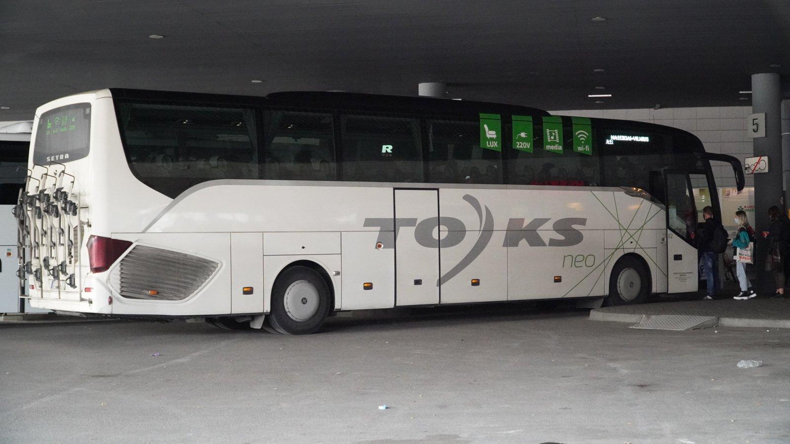 Pandemija daugiau nei trečdaliu apkarpė autobusų reisų