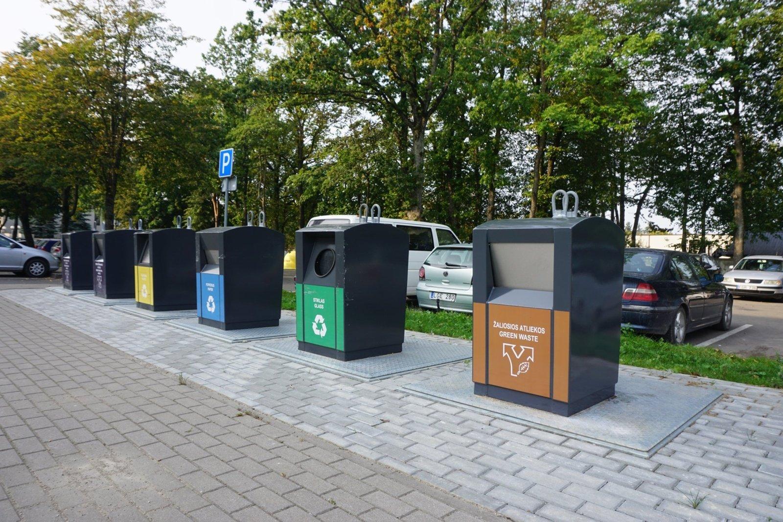 Kretingiškių atliekoms – modernūs požeminiai konteineriai