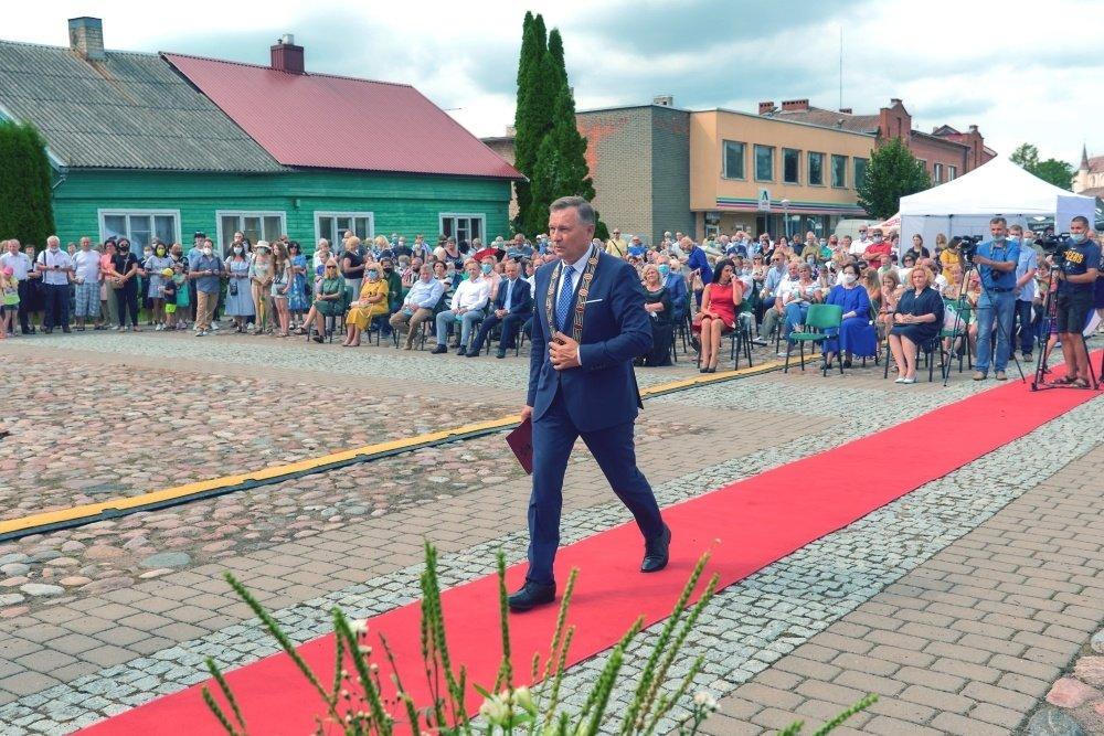 Rajono meras kviečia susitelkti ir situaciją dėl COVID-19 vertinti atsakingai