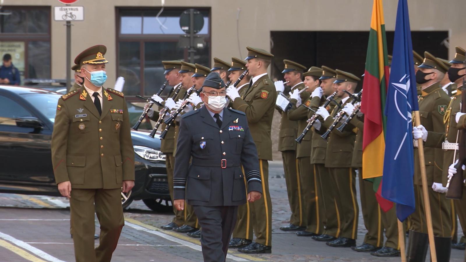 """NATO karinio komiteto pirmininkas: """"Mes esame stipresni ir saugesni ten, kur stovime kartu"""""""