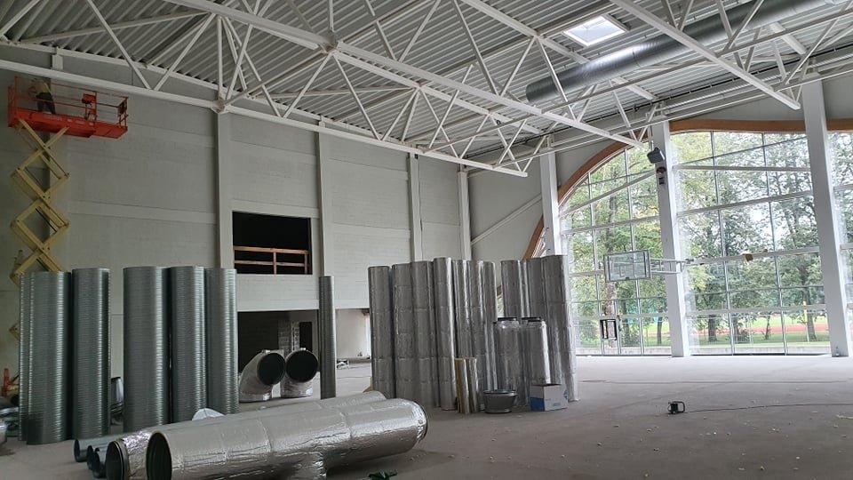Birštono kurortą puošiančio daugiafunkcio sporto centro statybos darbai įgauna pagreitį