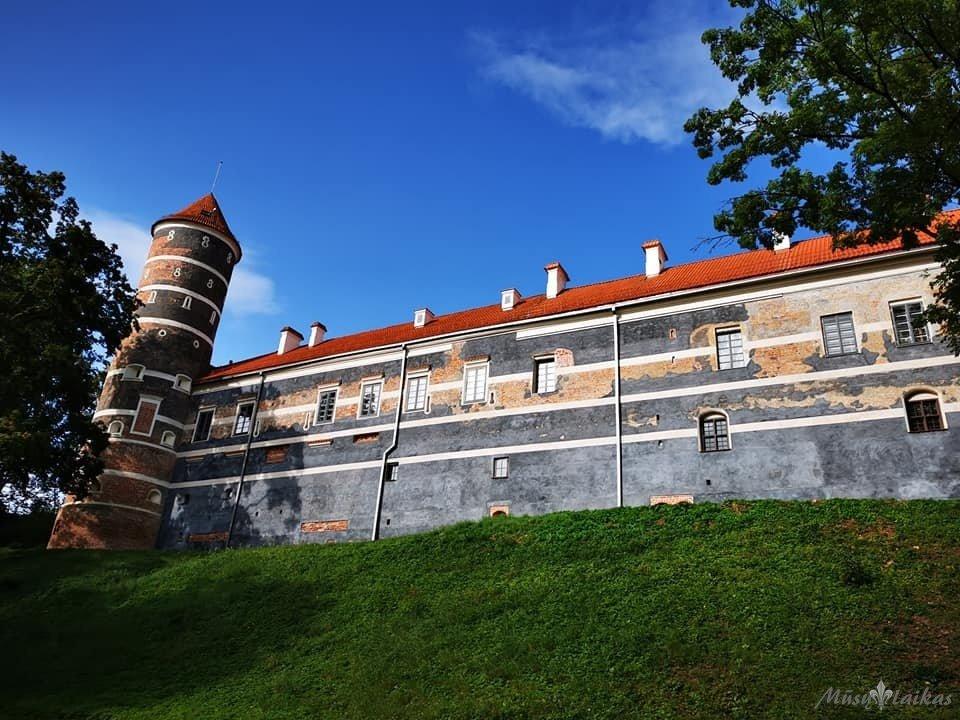 Panemunės pilis. Išlikęs grynuolis ir didžiulės meilės paveldui įrodymas