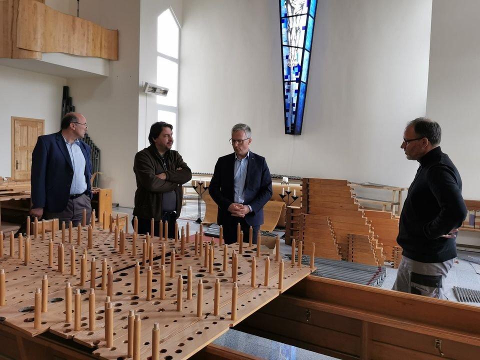 Jurbarko liuteronų bažnyčioje montuojami ilgai laukti vargonai iš Vokietijos