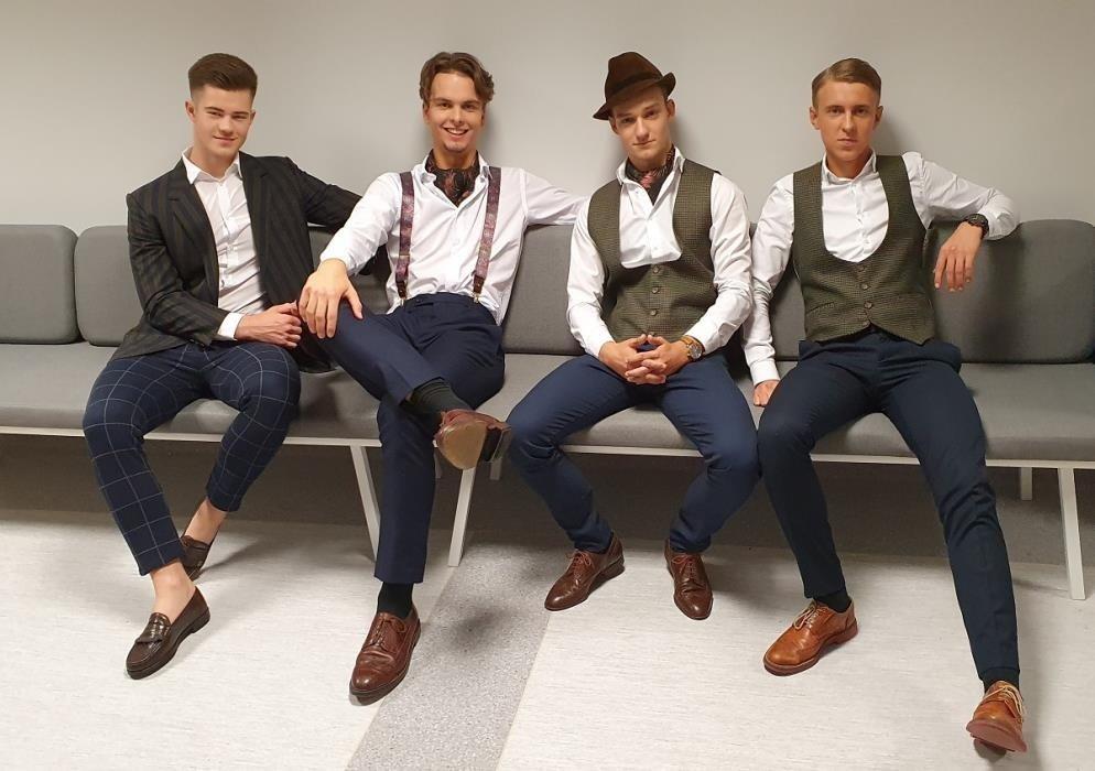 """Merkelio Račkausko gimnazijos vaikinų kvartetas """"Bross"""" – """"Dainų dainelės"""" laureatas"""