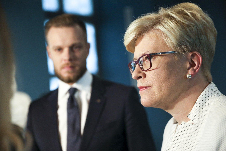 """Seimo rinkimuose pirmauja opoziciniai konservatoriai, antri – """"valdantieji"""" valstiečiai"""