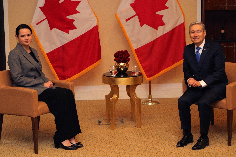Kanados ministras: su S. Cichanouskaja aptarėme, kaip galėtume paremti už pokyčius kovojančius baltarusius