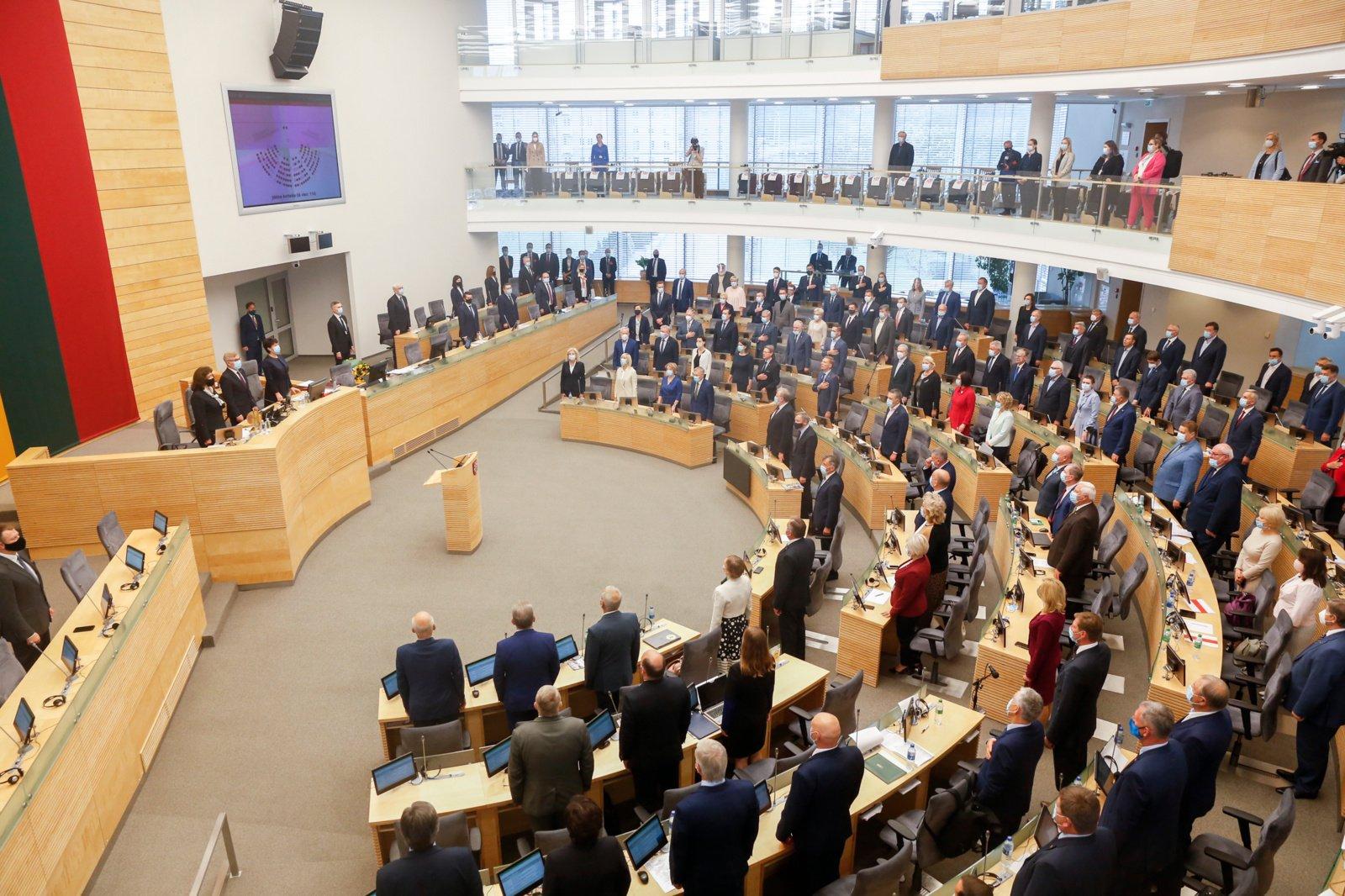 Seimo nario pažymėjimų įteikimo ir priesaikos ceremonijos pirmą kartą bus kitokios