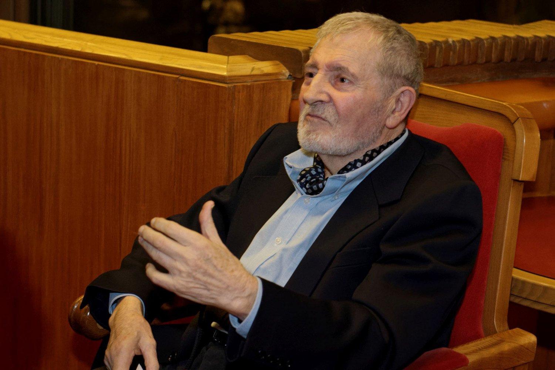 Operos solistas Vaclovas Daunoras penktadienį bus laidojamas Antakalnio kapinių Menininkų kalnelyje