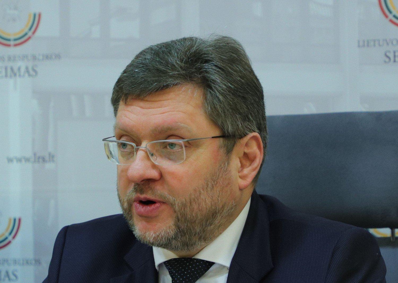 Parlamentaras V. Simulikas pranešė užsikrėtęs koronavirusu