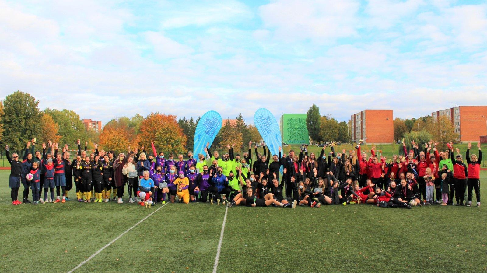 """Tradicinis moterų futbolo turnyras """"Miss futbolistė 2020''"""