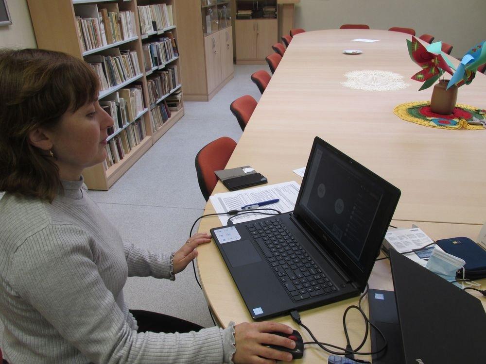 Šiaulių miesto savivaldybės viešoji biblioteka kviečia nemokamai tobulinti skaitmeninius įgūdžius nuotoliniu būdu