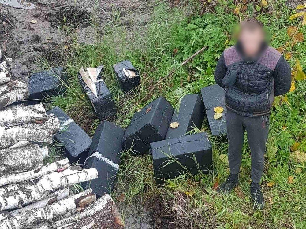 Jonavos rajone sulaikyta 9 500 pakelių cigarečių