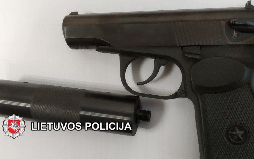 Tauragės rajone rastas nelegaliai laikomas ginklas