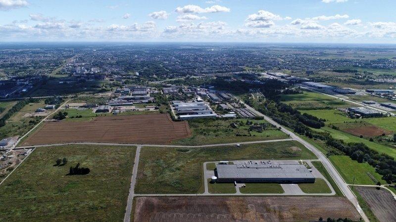 """Panevėžio LEZ """"AQ Wiring Systems"""" stato fabriką su 1,3 tūkst. darbo vietų"""