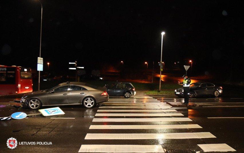 Visų Šventųjų savaitgalį per eismo įvykius žuvo jauna vairuotoja, sužeista daugiau nei 30 žmonių