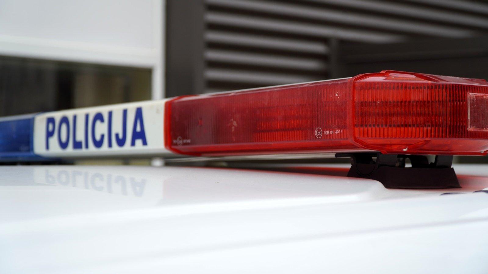 """Kauno pareigūnai nenuolaidžiavo iš sostinės atvykusio """"Lexus"""" ekipažui"""