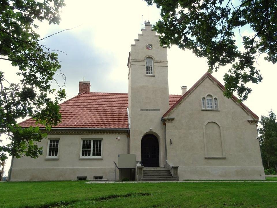 Tarpukariu statyta Kurnėnų mokykla vėl kaip nauja