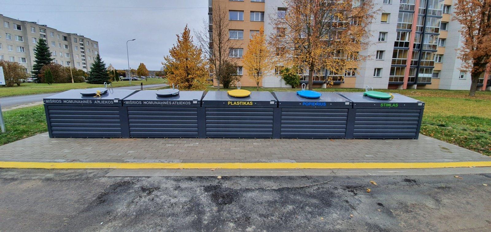 Akmenės, Naujosios  Akmenės ir Ventos gyventojai džiaugiasi naujai įrengtomis pusiau požeminių atliekų surinkimo konteinerių aikštelėmis