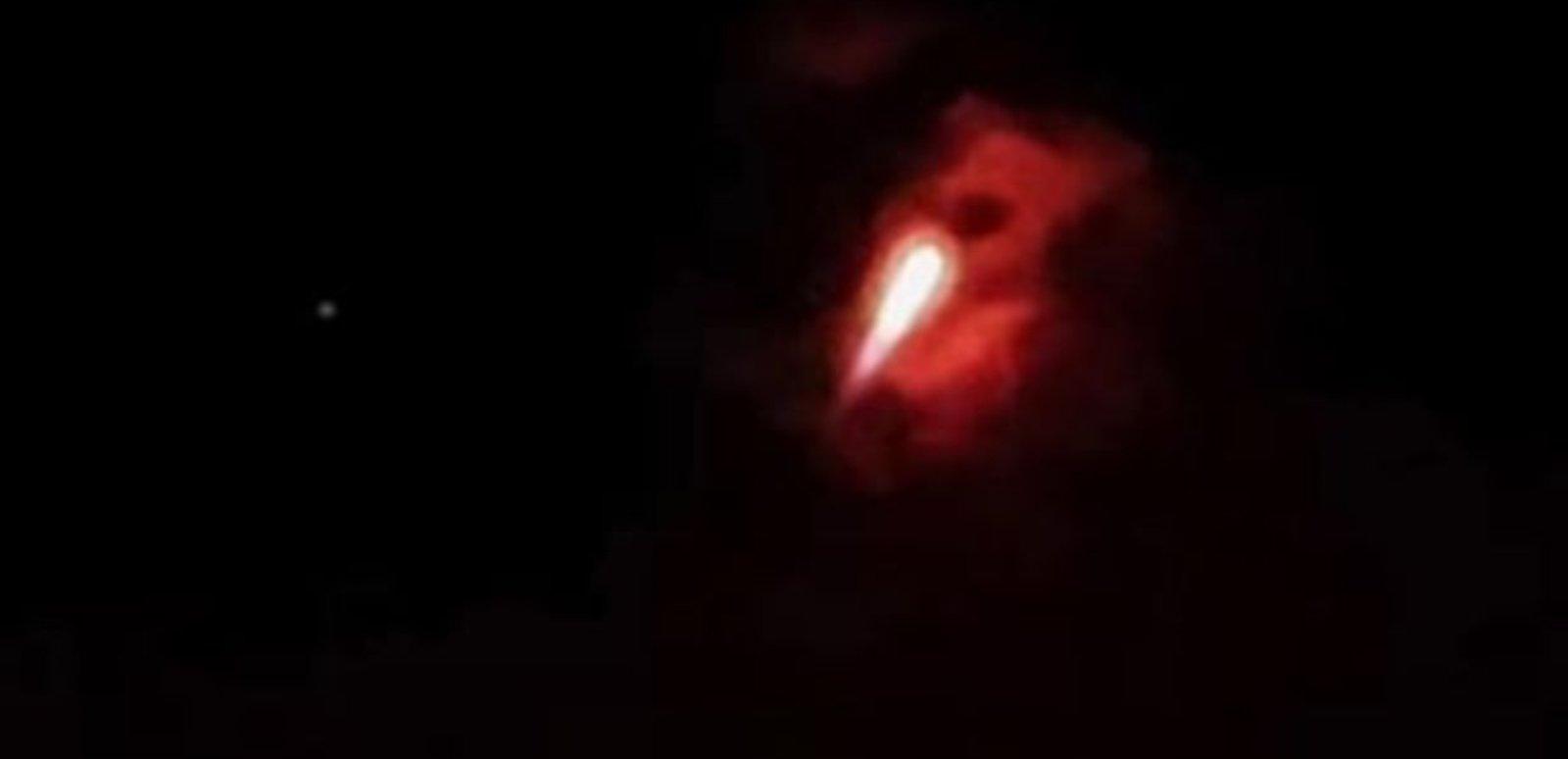 Danguje užfiksuotas paslaptingas objektas pakurstė diskusijas apie NSO ir ateivius