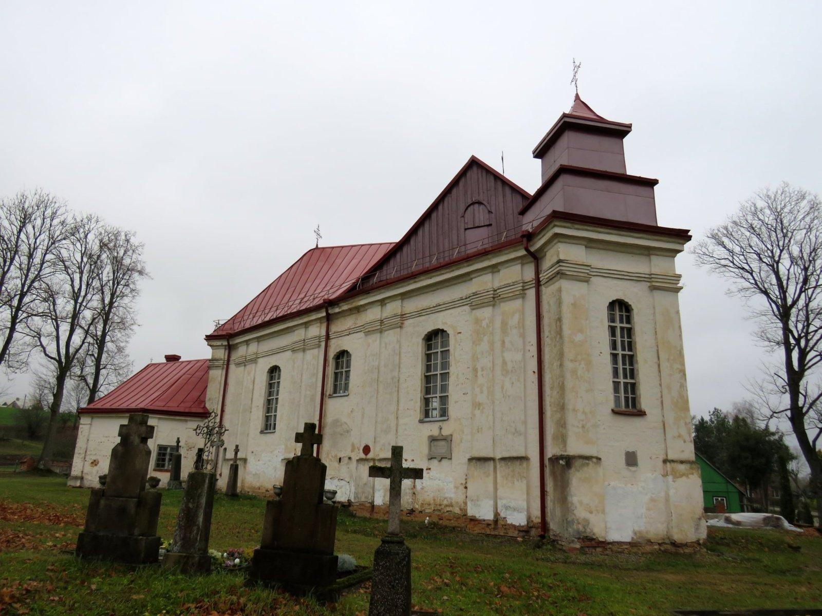 Remontuojamos Panevėžiuko bažnyčios lubos