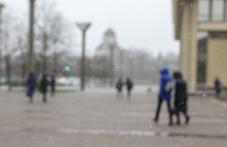 Orai: dažnai lis, pūs smarkokas vėjas