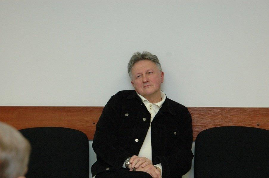 Teismas netenkino V. Belecko skundo: kunigo R. Mikutavičiaus nužudymo organizatorius kalės iki gyvos galvos