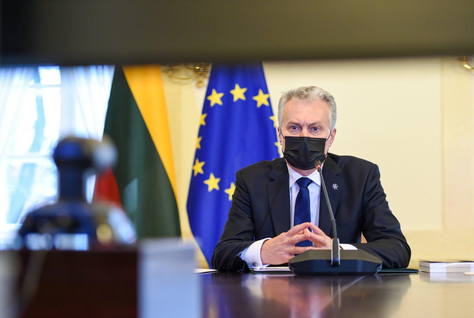 Prezidentūra: kolektyvinį imunitetą nuo COVID-19 reikėtų pasiekti iki vasaros vidurio