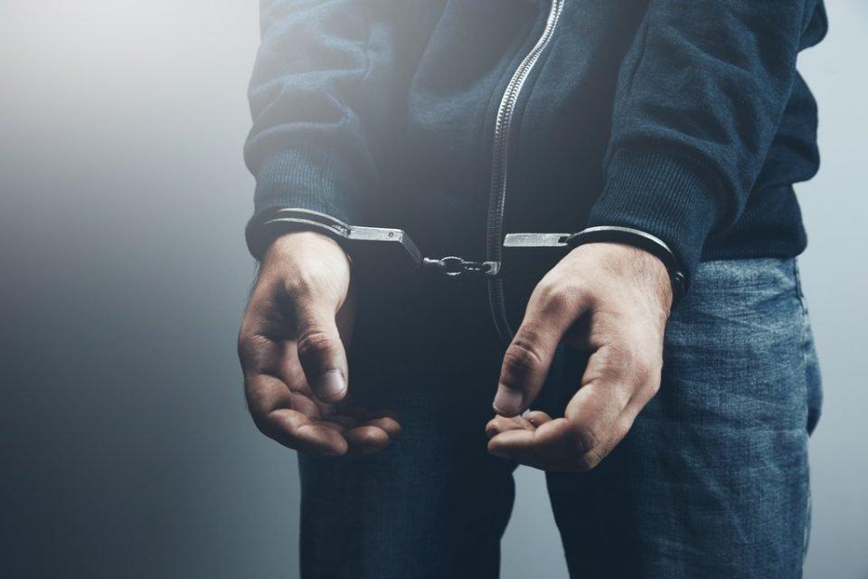 Motinos nužudymu įtariamas Panevėžio rajono gyventojas suimtas mėnesiui