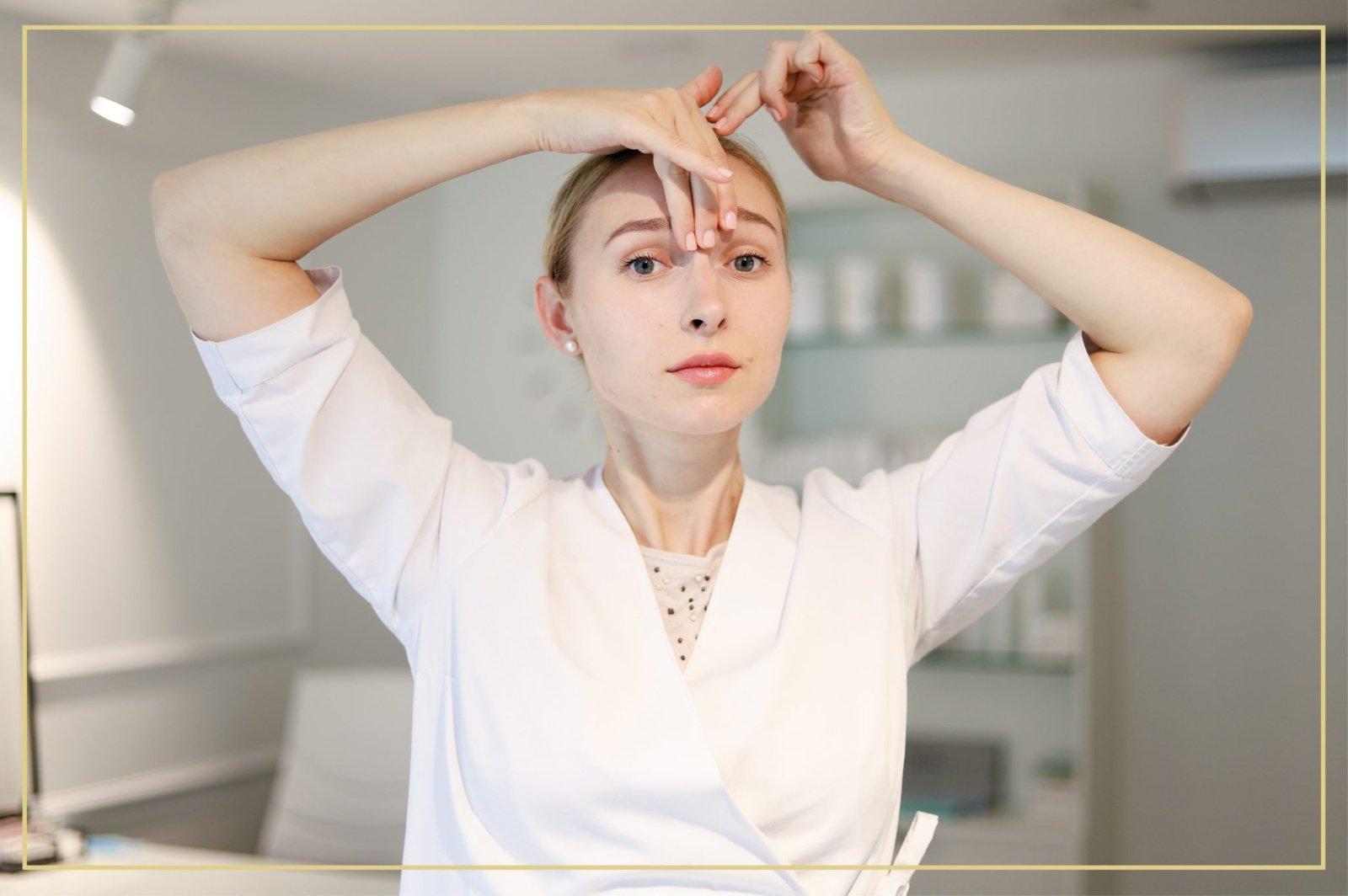 Kosmetologės patarimai: kaip atjaunėti veido mankštų pagalba?