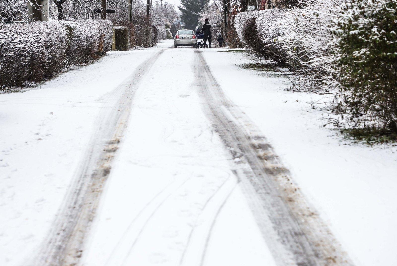 Pirmąją metų savaitę – 74 procentais mažiau eismo įvykių, per kuriuos sužeista žmonių