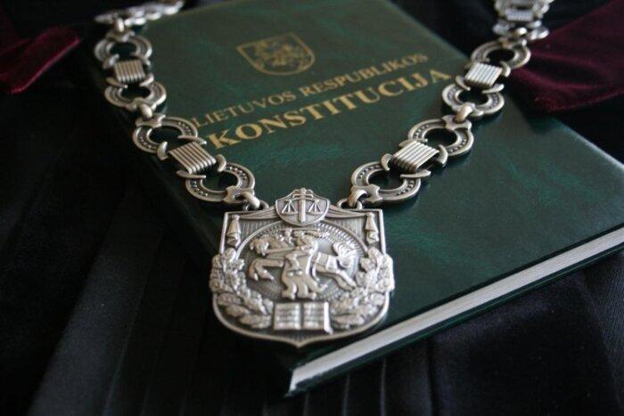 Dėl galimos teisės spragos sprendimo vykdymo procese kreiptasi į Konstitucinį Teismą