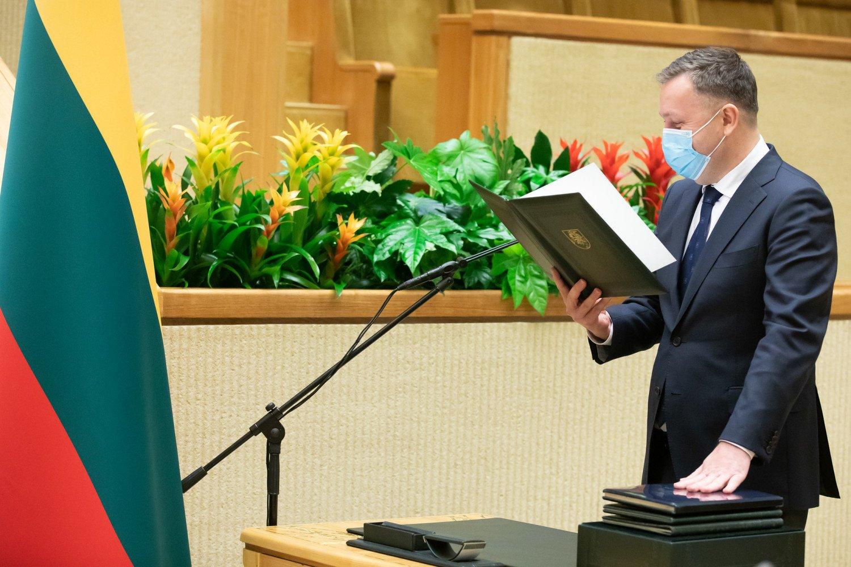 A. Guoga atsisako Seimo nario mandato