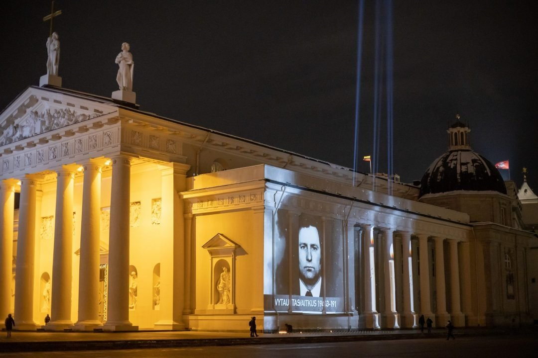 Atmintis, pagarba ir padėka Katedros aikštėje Laisvės gynėjų dieną – Sausio 13-ąją