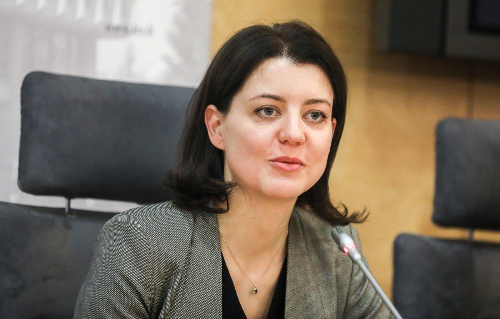 """M. Navickienė: daliai """"Belorus"""" darbuotojų bus pasiūlytas kitas darbas"""