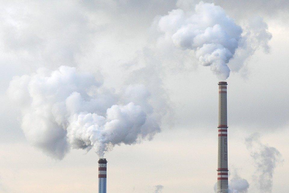 Visuose miestuose – padidėjęs oro užterštumas