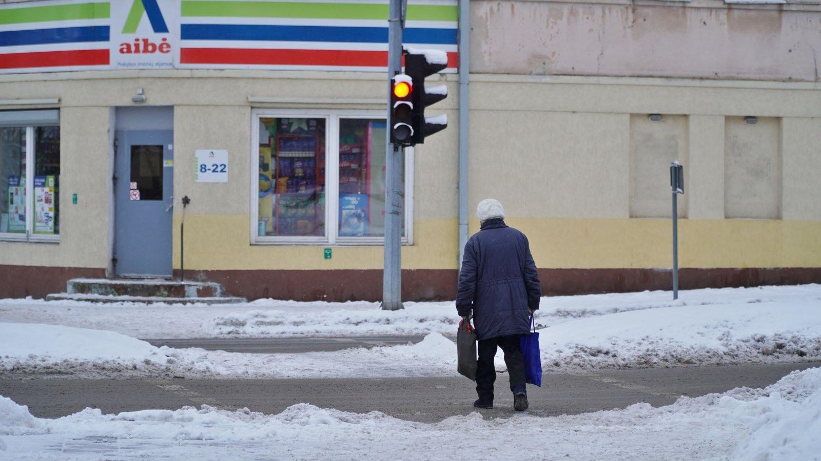 Žuvusių pėsčiųjų statistika: vis vyresni, atšvaitų nedėvintys senjorai