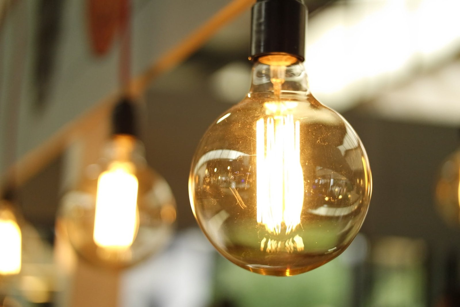 Elektros neturi 20–25 tūkst. namų ūkių