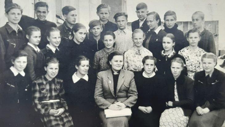 Prisiminimuose –  miestas ir mokykla