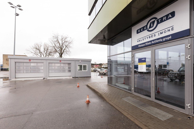 "Praktikos egzaminai ""Regitroje"" sustabdyti iki vasario 28 dienos"