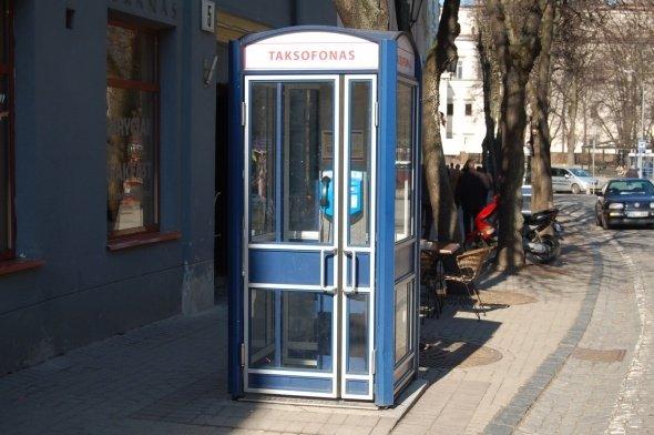 Susisiekimo ministerija žada pataisas, leisiančias atsisakyti taksofonų