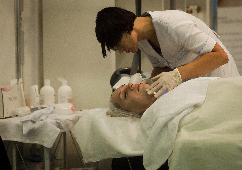 Nuo pirmadienio galės būti teikiamos masažo paslaugos, veikti prekybos centruose esantys salonai