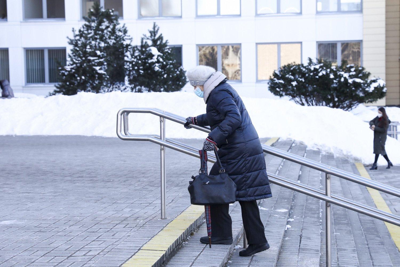 Lietuva pagal sergamumą COVID-19 – penkiolikta, pagal mirtingumą – devinta Europoje